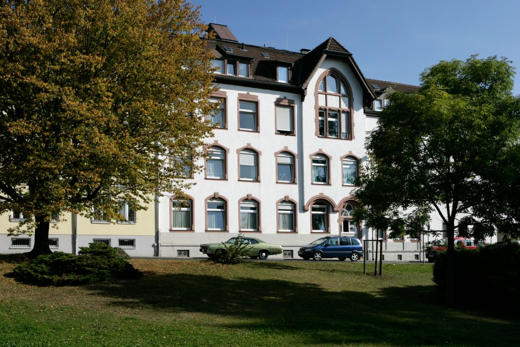 Das KORIAN-Haus Altkönigstraße in Oberursel vereint Eingliederungshilfe, sowie Pflege unter einem Dach.