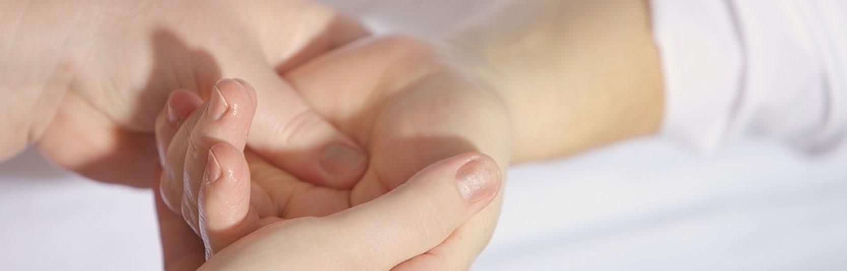 Newsartikel:Wohlfühlen auch im Alter: Wellness für Senioren im Pflegeheim