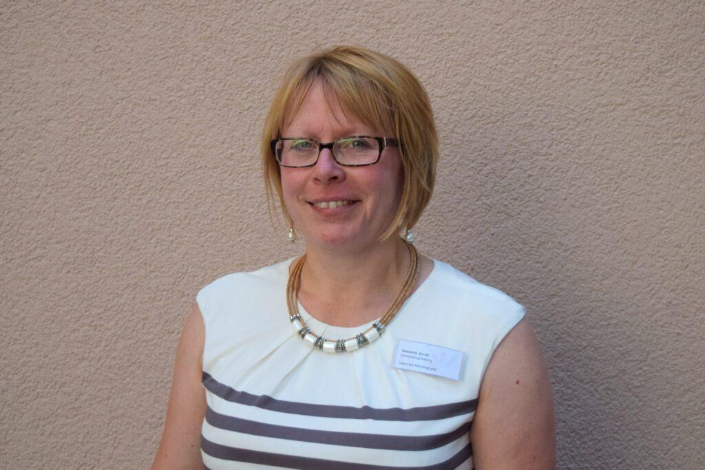Pflegeheimleiterin Susanne Jacob freut sich, mehr als 63 Bewohnern ein neues zuhause bieten zu können