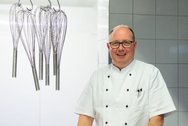 Thomas Müllenmeister, Küchenchef im Haus Curanum am Ochsenkamp