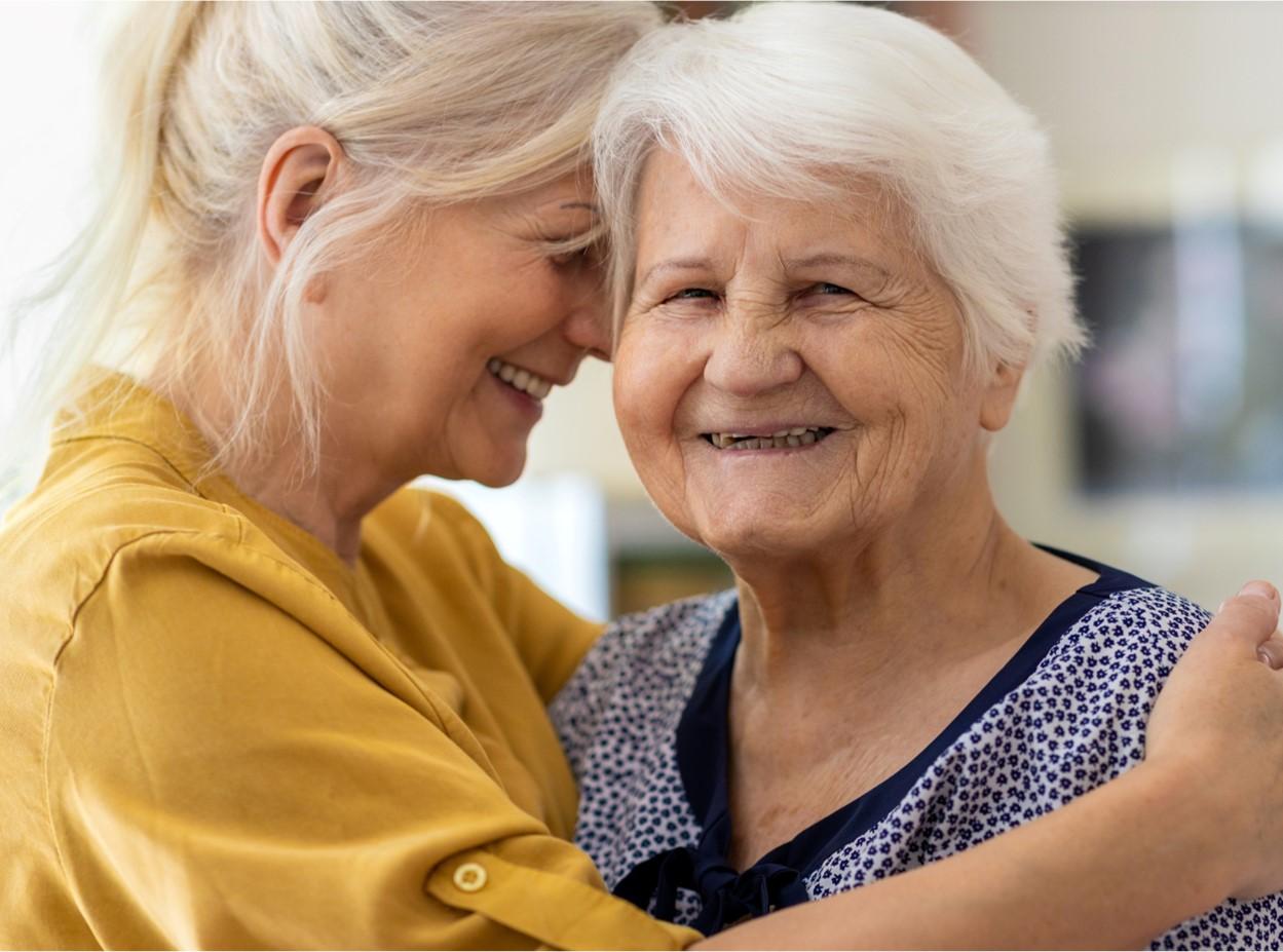 Demenz in der Familie: Was Pflegeprofis Angehörigen raten